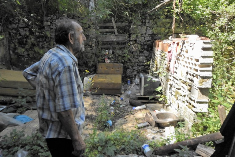'Кућа је спаљена док сам ја био у Олуји' (фото ТРИС/Г. Шимац)