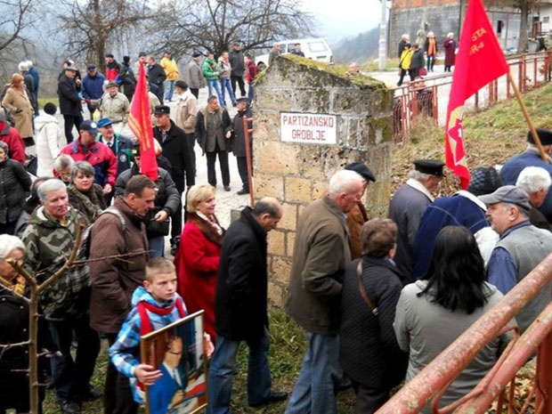 Delegacije SUBNOR obišle i partizansko groblje