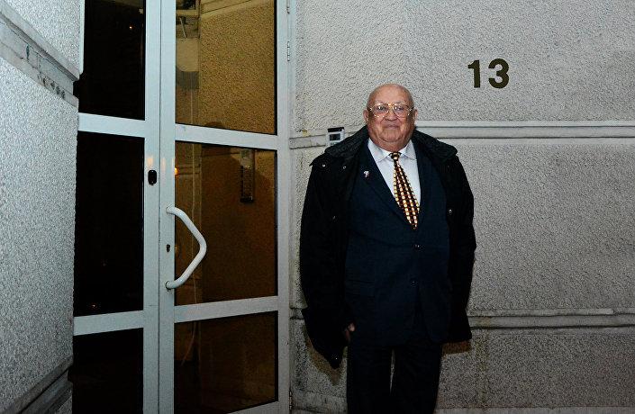 Josef Žamboki na mestu gde se nalazila njegova kuća u Beogradu, na Dorćolu, u Jevrejskoj ulici broj 13, odakle je odveden u koncentracioni logor na Starom sajmištu. © SPUTNIK/ ALEKANDAR MILAČIĆ