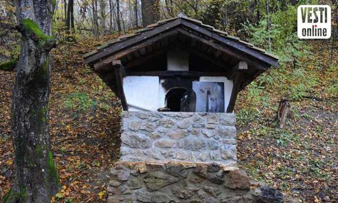 Obnovljen i bunar foto: D. N. Petrović