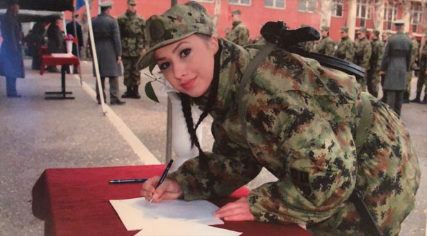 ZAKLETVA Milica postaje profesionalni vojnik