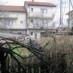 Malobrojni Srbi u Sarajevu teško ili gotovo nikako ne mogu da ostvare svoja prava, što potvrđuje i primjer Rajke Đurić koja 16 godina uporno nastoji da vrati svoju imovinu koju su joj, uz pomoć lokalnih vlasti, uzurpirale komšije.