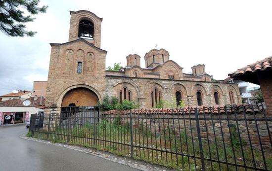 Na Bogorodici Ljeviškoj prvo obnova krova i poda (Foto: I. Marinković)