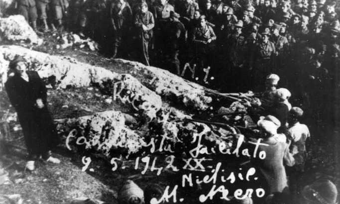 Javno streljanje narodnog heroja Čedomira Ljuba Čupića u Nikšiću 5. maja 1942. Godine Foto: commons.wikimedia.org