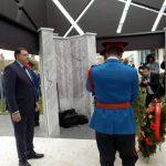 Predsjednik Republike Srpske Milorad Dodik položio je vijenac na spomen-obilježje za 782 poginula pripadnika MUP-a u proteklom Odbrambeno-otadžbinskom ratu.