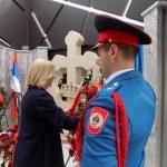Predsjednik Vlade Republike Srpske Željka Cvijanović položila je vijenac na spomen-obilježje za 782 poginula pripadnika MUP-a u proteklom Odbrambeno-otadžbinskom ratu.