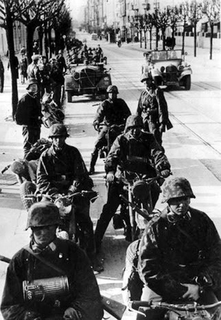 Vojnici Vermahta u okupiranom Beogradu aprila 1941. Foto: Wikimedia/Public domain
