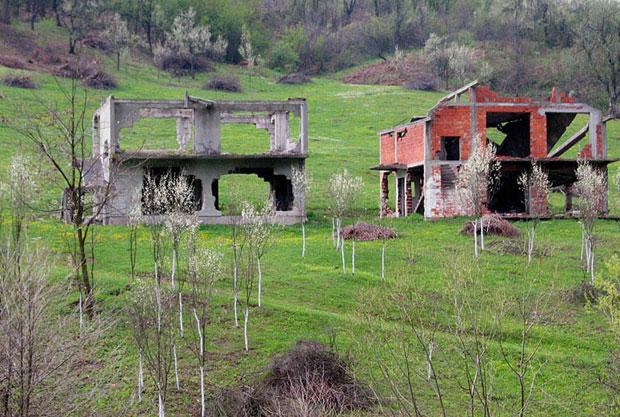Oštećena srpska imovina / Foto V. Mitrić