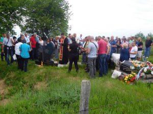 Parastos ubijenim Srbima u selu Čemerno kod Ilijaša Foto: SRNA