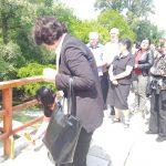Spuštanjem cvijeća u rijeku Bunu i služenjem parastosa u Staroj crkvi u Mostaru danas je obilježeno 26 godina od egzodusa Srba iz doline Neretve kada je nestalo 431 lice srpske nacionalnosti, protjerano više od 30.000 Srba i uništena sva srpska imovina.
