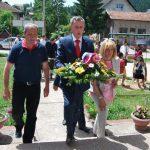 Boračke organizacije opštine Pale Mihajlo Parađina položio je vijenac na mjesnom spomen-obilježju u naselju Stara Stanica na Palama.