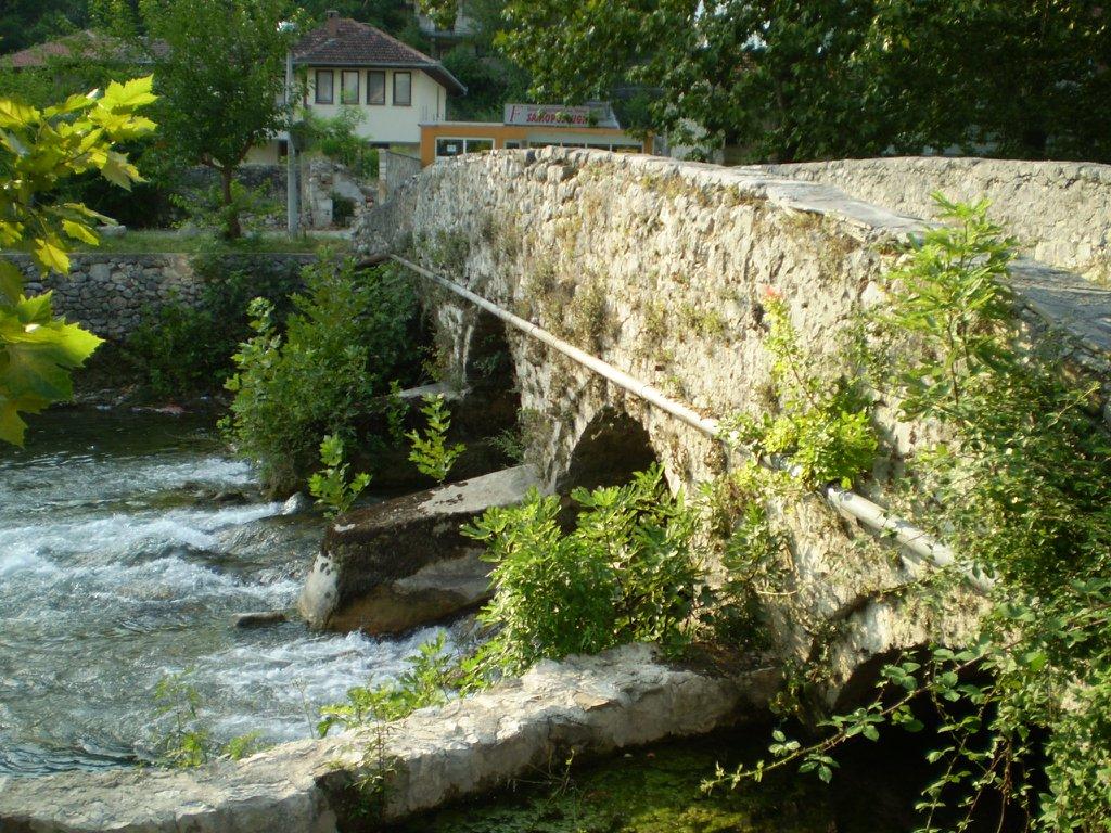 Stolac, jedan od mostova na Bregavi