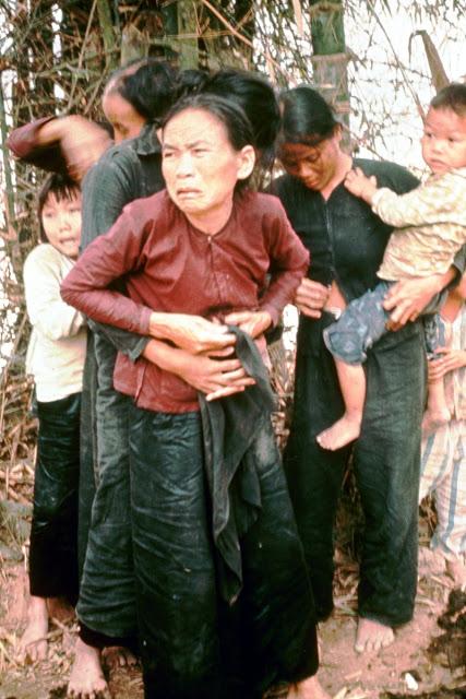 Povređene i silovane žene koje su ubrzo nakon toga hladnokrvno ubijene tokom ovog masakra.