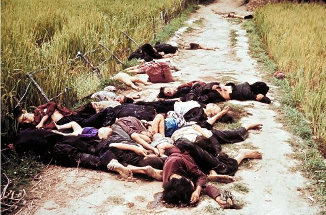 Amerikanci pobili preko 500 civila i sakrili zločin a onda zmislili Račak sa 40-tak terorista i bombardovali Srbiju.