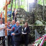 Izaslanik predsjednika Republike Srpske Miladin Dragičević rekao je da je više od 40.000 nevinih Srba i Jevreja ubijeno u jamama Jadovna za vrijeme Nezavisne Države Hrvatske /NDH/ zbog svog imena, identiteta i vjere.