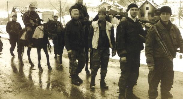 Srebrenica, uoči pada, bila puna naoružanja i muslimanskih vojnika (Foto: Novosti)