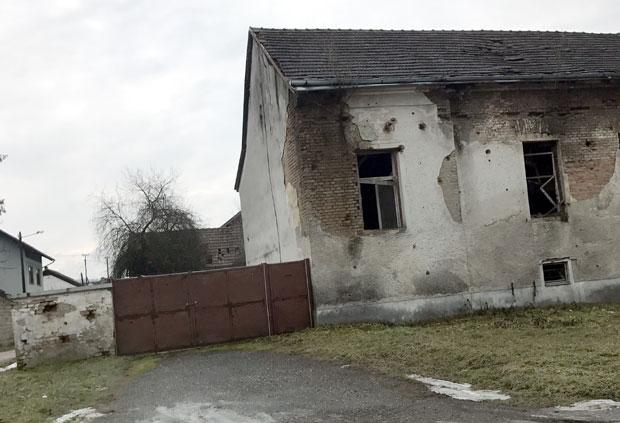 Kuća Ljubana Jednaka često je bila na meti hrvatske vojske