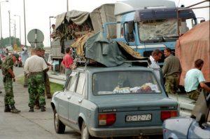 Kolona srpskih izbeglica Foto: Z. Jovanović