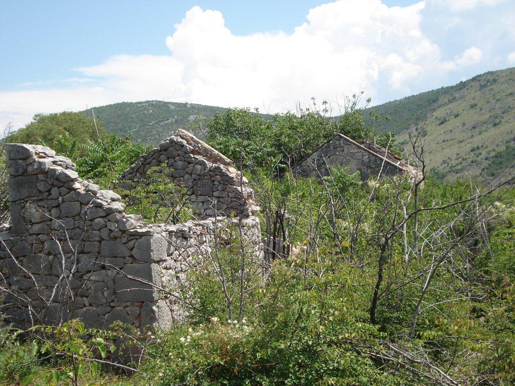 Ostaci kuća mučenika Save Medana