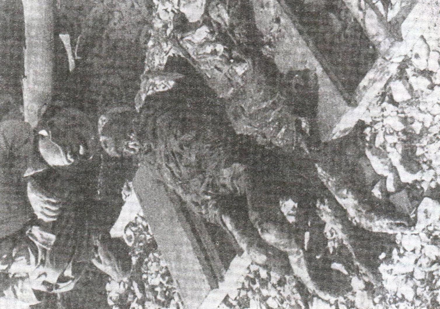Ekshumirani leševi u logoru Slana na Pagu prije spaljivanja. Talijanska fotografija iz septembra 1941.