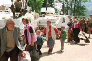 Slika iz Srebrenice / Foto AP