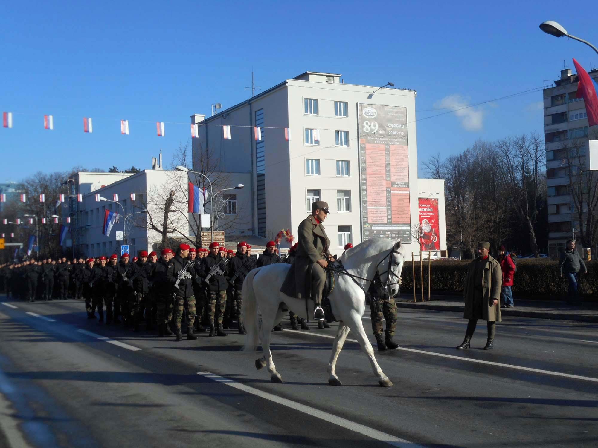 Svečani defile povodom obilježavanja 9. januara - Dana Republike. FOTO: SRNA