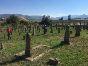 Srpsko vojničko groblje (poginuli od 1912. do 1918) u selu Dobroveni
