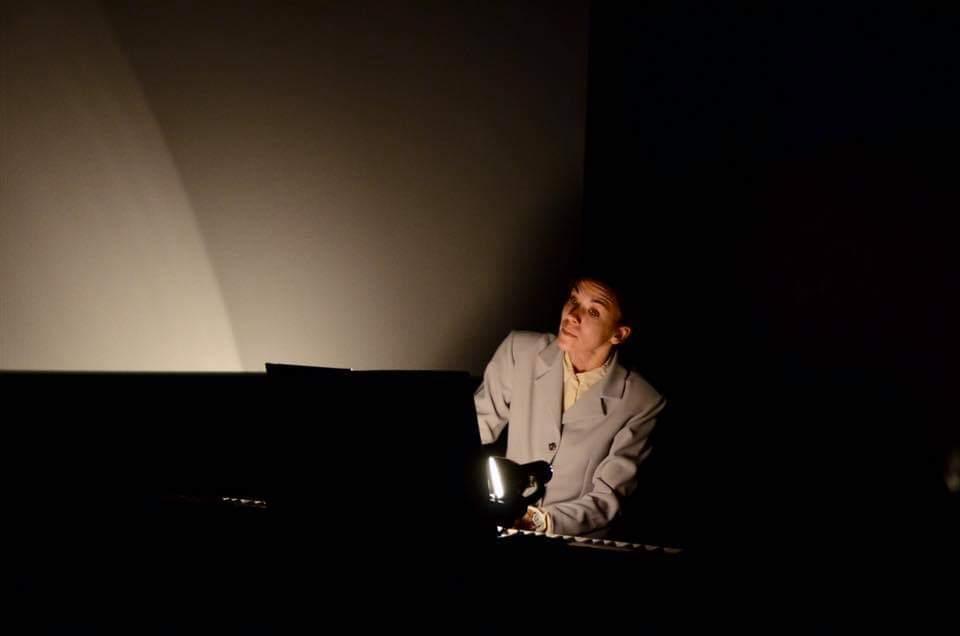 Ana Vasić, pijanistkinja u predstavi