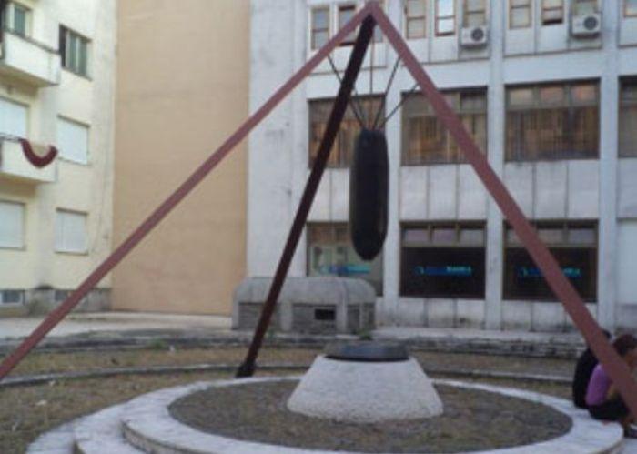 Spomenik žrtvama bombardovanja
