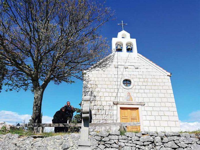 Crkva posvećena rođenju Svetog Jovana Krstitelja u Miočiću.