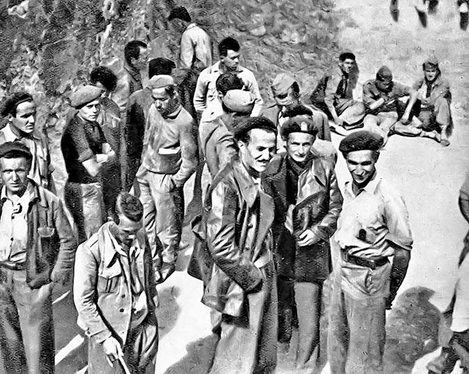 Jugoslovenski komunisti u okolini Barselone 1938. godine (Foto Vikipedija / Politika)