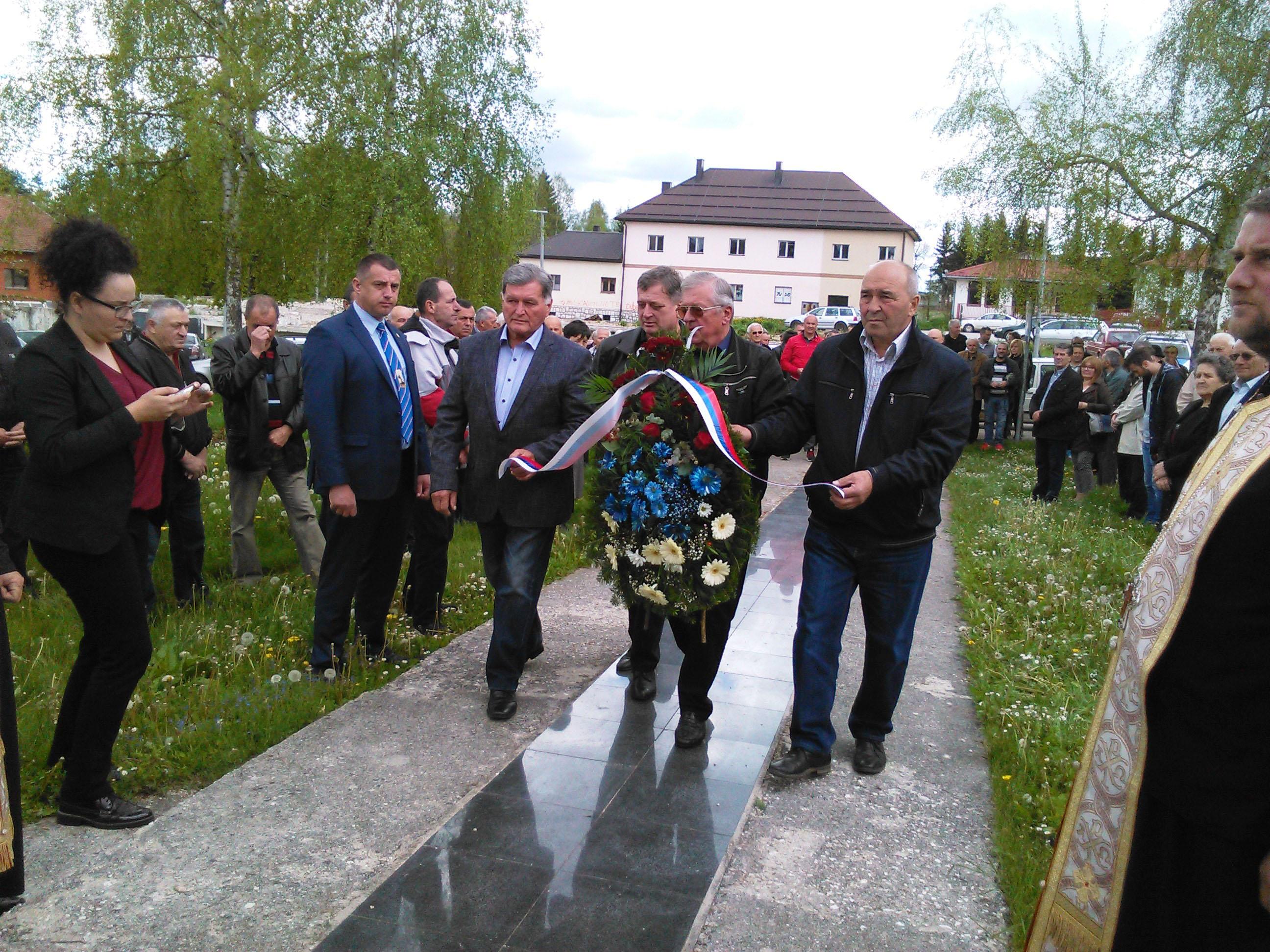 Sokolac - Dan Romanijskih brigada - polaganje vijenaca Foto: SRNA