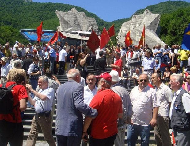 Pripadnici SUBNOR-a Crne Gore na Sutjesci / Foto SUBNOR Crna Gora