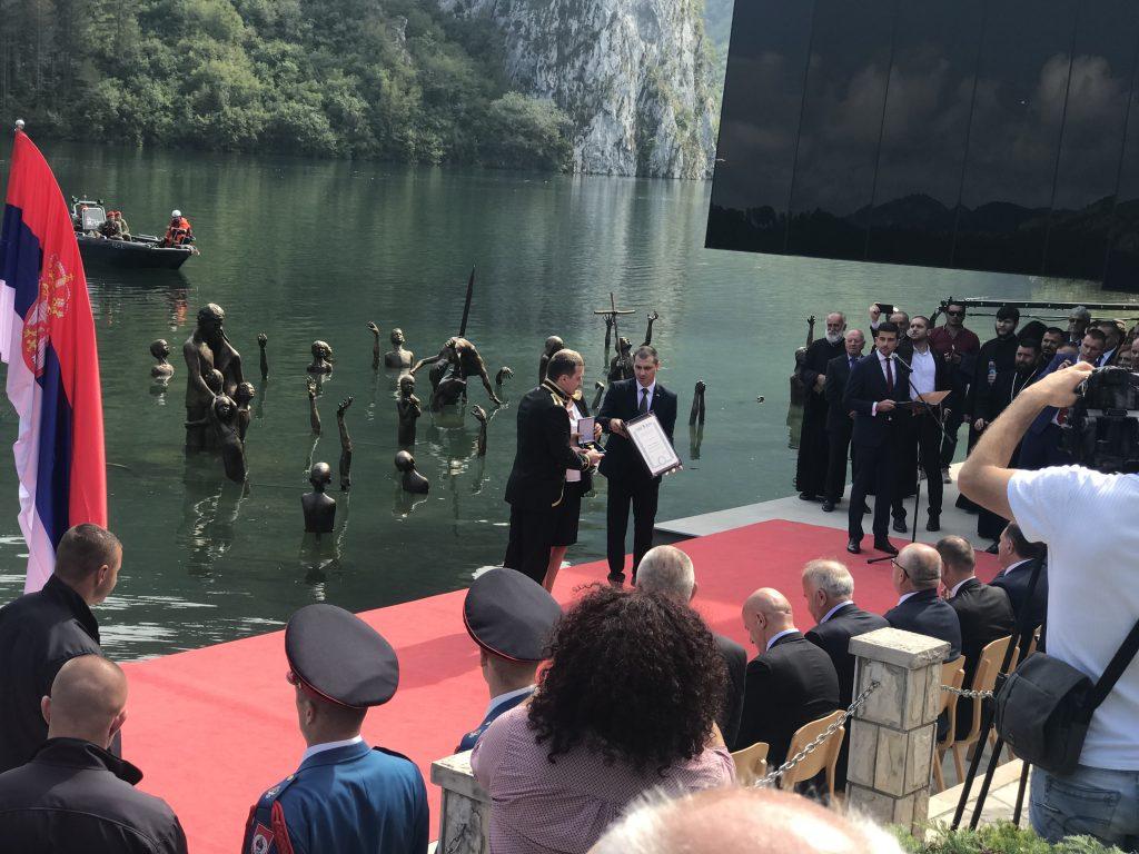 Arhitekta Novica Motika prima Orden zasluga za narod R. Srpske